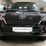 Утеплитель радиатора для автомобиля Toyota Land Cruiser 200